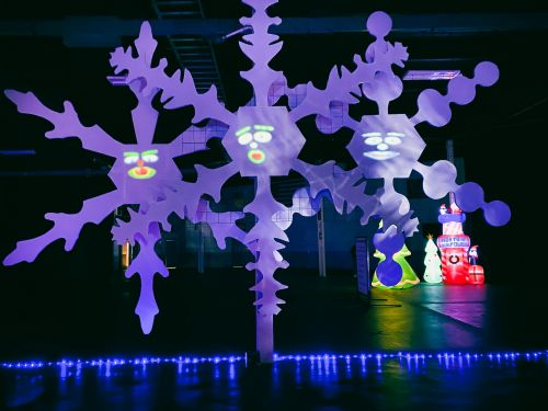 Big E's 3D Hologram Show 'Winter Wonder Drive-Thru' West Springfield-New Christmas Experience This COVID-19!