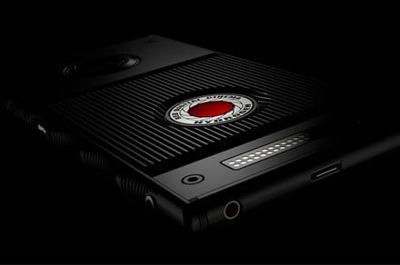 Red Hydrogen One modular smartphone is likely to ship this summer