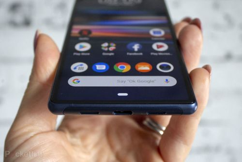 Sony Xperia 10 II updates the mid-range with OLED display and waterproofing