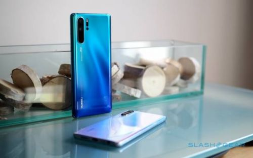 """Huawei is """"confident"""" these phones will get Android Q"""