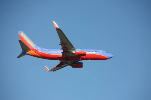 Southwest Airlines cancels hundreds of flights for the third day in a row