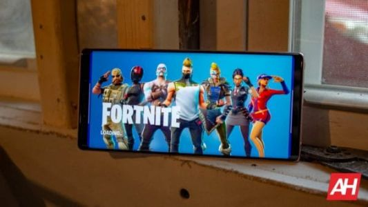 Apparently Google Blocked OnePlus & LG From Pre-Installing Fortnite