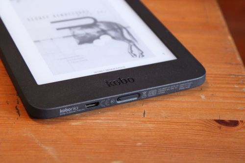 Kobo introduces the lackluster Nia to replace its budget Aura e-reader