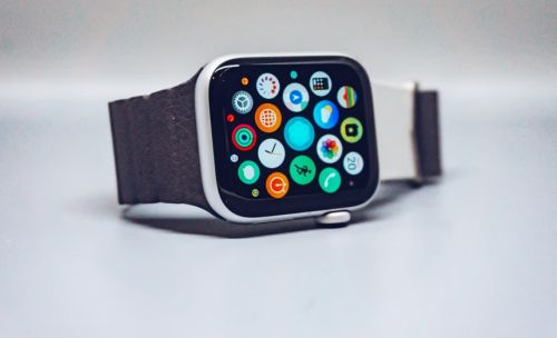 Apple Watch Health Features: watchOS 8.1 brings Fall Detection Upgrades, COVID-19 Vaccination Card Wallet