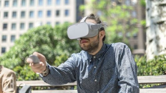 Oculus Gives Discontinued Oculus Go a New Lease on Life with Unlocked Software