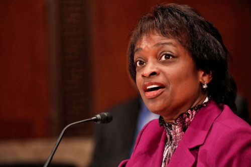 FCC Commissioner Mignon Clyburn is stepping down