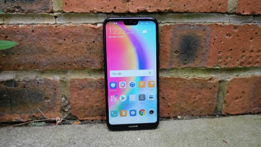 Two top budget Huawei smartphones deals for mobile buyers on a budget