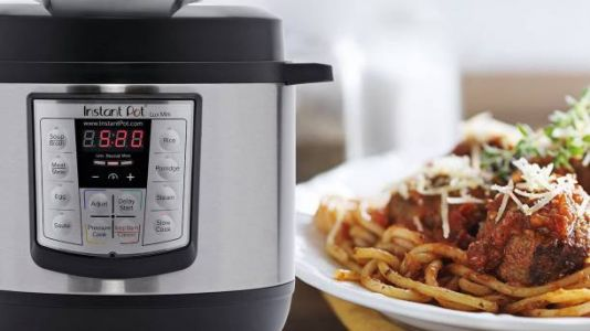 Get a best-selling Instant Pot cookbook with 800 delicious recipes for $5 at Amazon