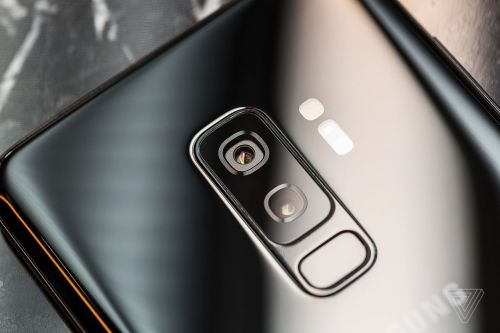 Samsung's Galaxy S10 might come in three sizes, with an in-display fingerprint sensor