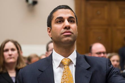FCC officially repeals 2015 Net Neutrality regulations by a narrow margin