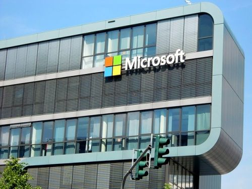 Microsoft Update: Artificial Intelligence is Replacing Journalists at MSN and Edge Browser; Microsoft Ends Contract with PA Media