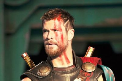A familiar friend shows up in the Japanese 'Thor: Ragnarok' trailer